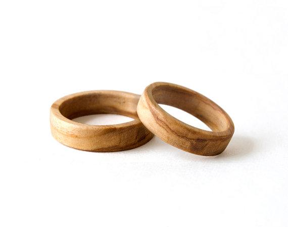 Einzigartige und aussergewöhnliche Optik bestimmen diese Ringe ...